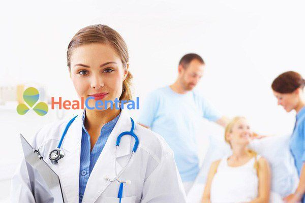 Bác sĩ điều trị