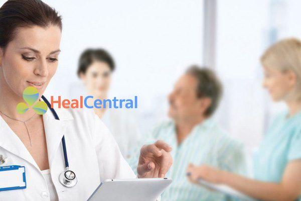 Bác sĩ tư vấn sử dụng Kenacort