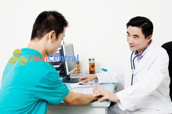 Bác sĩ tư vấn sử dụng thuốc Decolgen