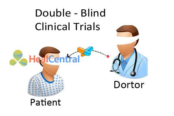 So sánh mù đôi