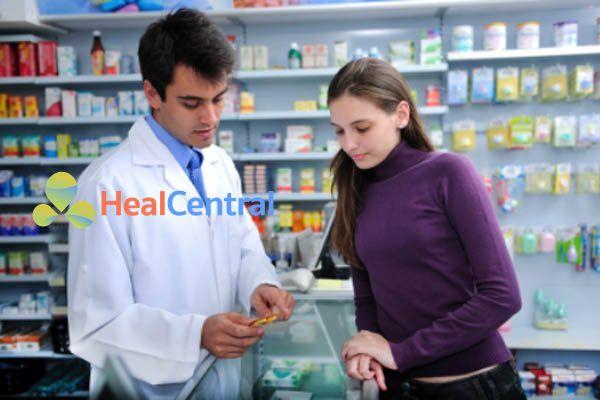 Dược sĩ tư vấn sử dụng thuốc Ranitidin