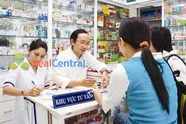 Dược sĩ tư vấn sử dụng thuốc
