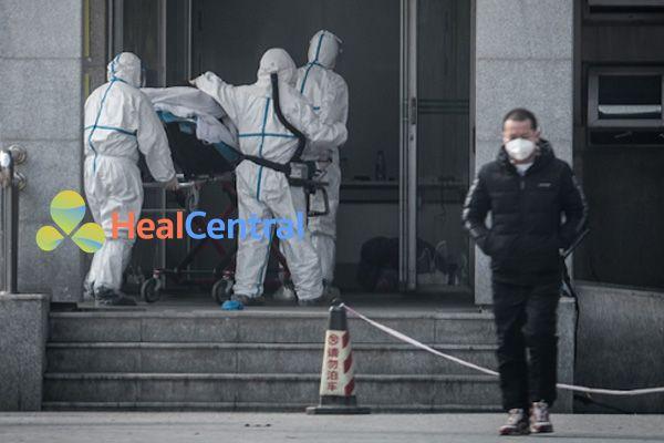 Tình trạng viêm phổi cấp ở Vũ Hán Ảnh: AFP