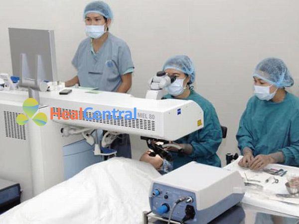 Bệnh viện mắt Điện Biên Phủ có nhiều máy móc hiện đại