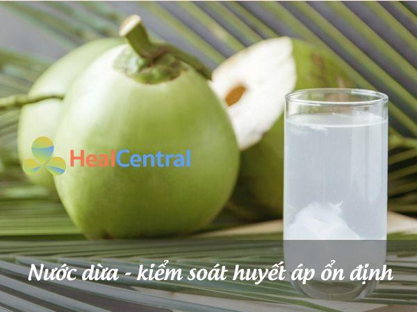 Chữa cao huyết áp bằng nước dừa