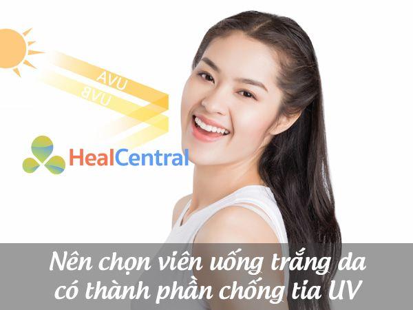 Nên dùng kem trị sẹo giúp da tăng khả năng chống tia cực tím