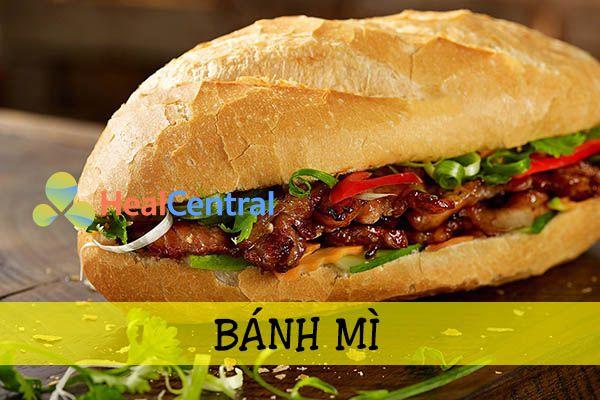 Bánh mì là bữa sáng thường xuyên của người Việt