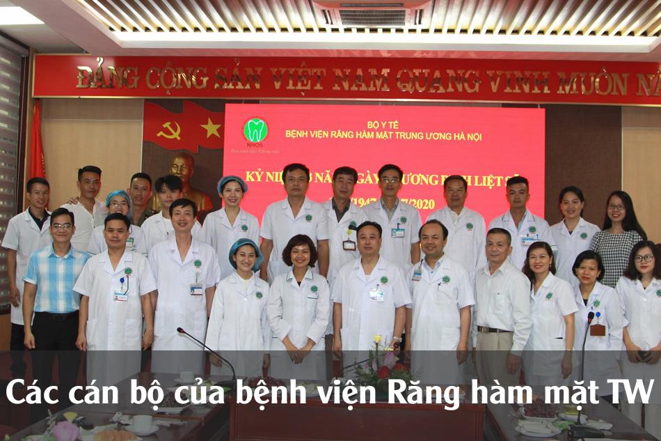Các cán bộ bác sĩ của bệnh viện Răng Hàm Mặt TW