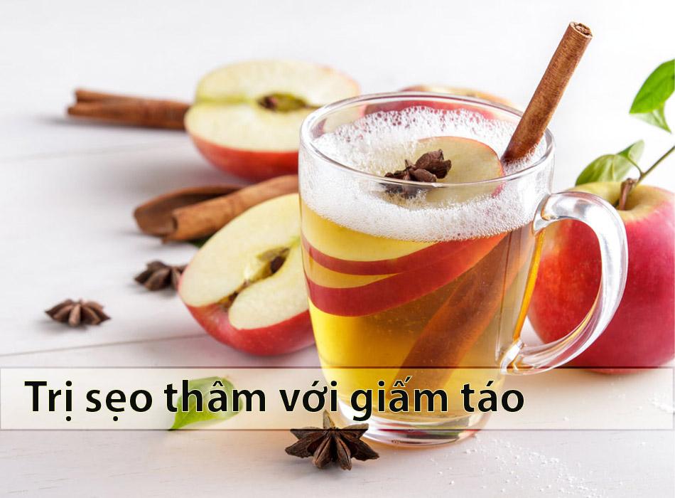 Trị sẹo thâm mụn nhanh nhất với giấm táo