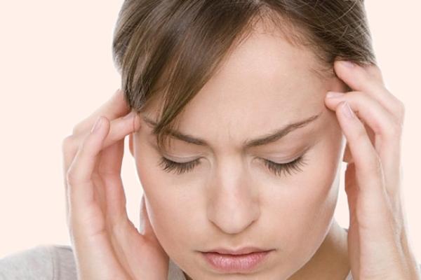 Naphacogyl gây tác dụng không mong muốn trên Thần kinh như: chóng mặt, đau đầu...