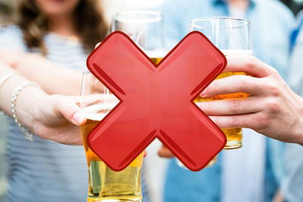 Không nên sử dụng thuốc Zoloft với rượu bia