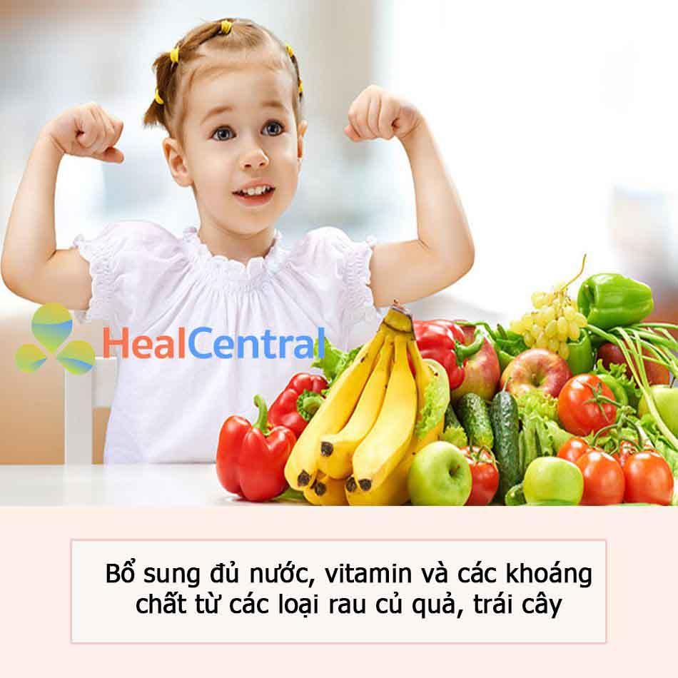 Ăn rau củ quả, trái cây để tăng sức đề kháng cho con