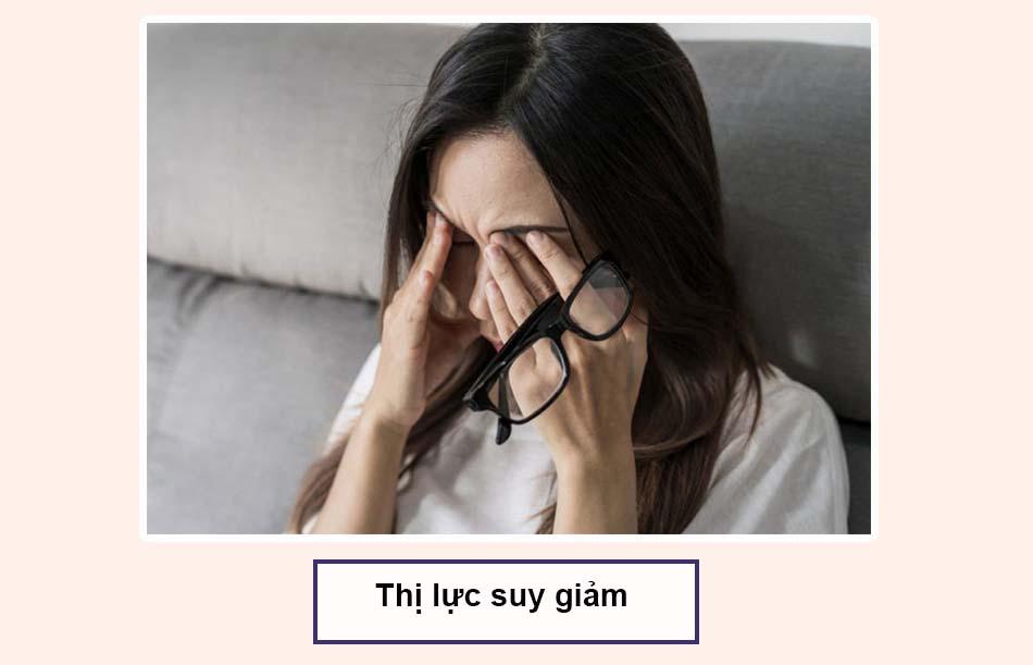 Thức khuya thường xuyên khiến thị lực suy giảm