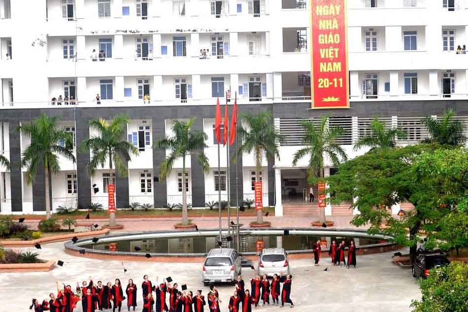 Khuôn viên Trường Cao đẳng Y Tế Hà Đông