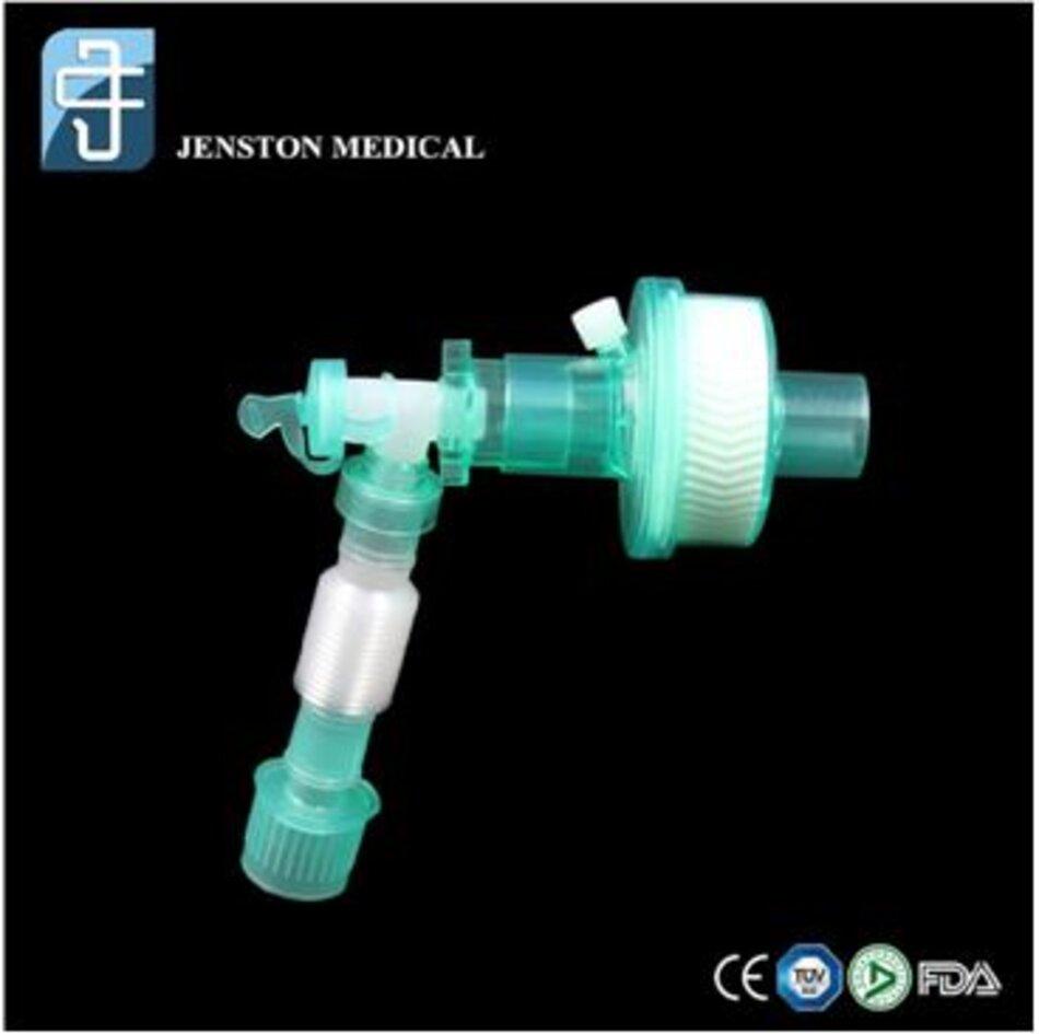 Hình: HME với ống nối mềm (lấy từ internet)