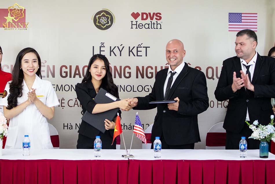 Hình ảnh lễ ký kết chuyển giao công nghệ giữa TMV Sunny với tập đoàn DVS Health